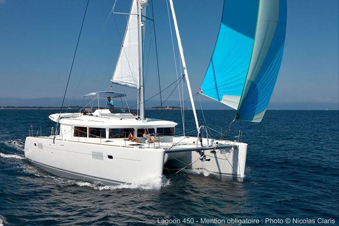 Split round trip on sailing yacht Lagoon 450F