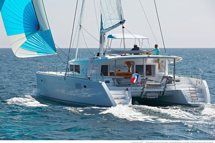 Dubrovnik round trip on sailing yacht Lagoon 450F